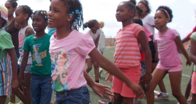 """Press Release – """"VerdeOlympics"""" gathers thousands of kids in Sal and Maio Islands"""