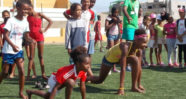 """Press Release – """"Verdeolympics"""" gathers thousands of kids in Fogo and São Vicente islands"""